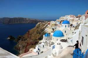 isalnd of santorini