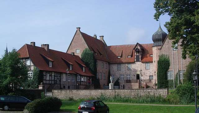 bremen-sight-bederkesa-castle